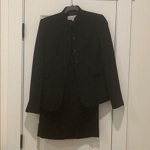 WORK FASHION! Black skirt suit